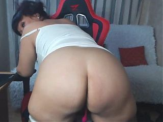 Webcam Granny AlisonNorty shows ass