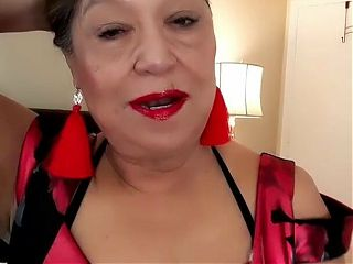 Dressed up, needed to masturbate with dildo and piss. Mature woman