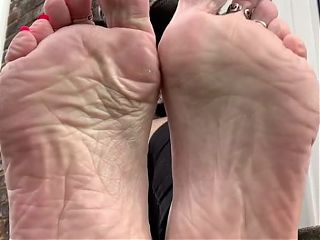 Miss Rosie's soles and feet with red toes
