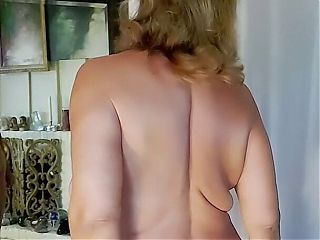 Feeling marvelous and erotic after my miracle dance! Mature woman