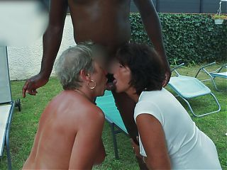 I fuck a blonde granny, the other one licks my ass