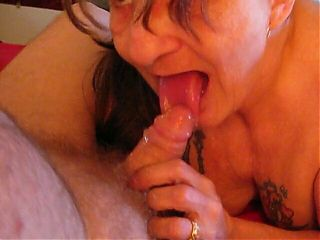 I am a pro whore wife that knows how to deepthroat and suck cock