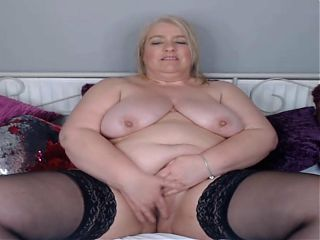 GRANNY DIRTY TALKING AND WANKING